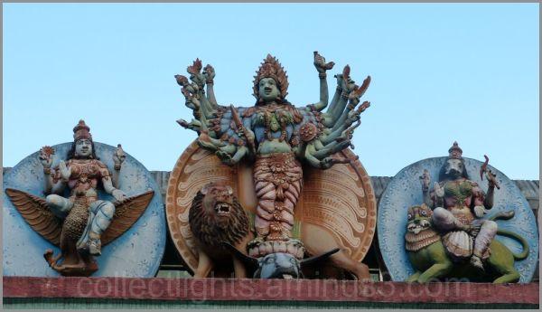 Le temple de Muthumariamman à Matalé  5/...