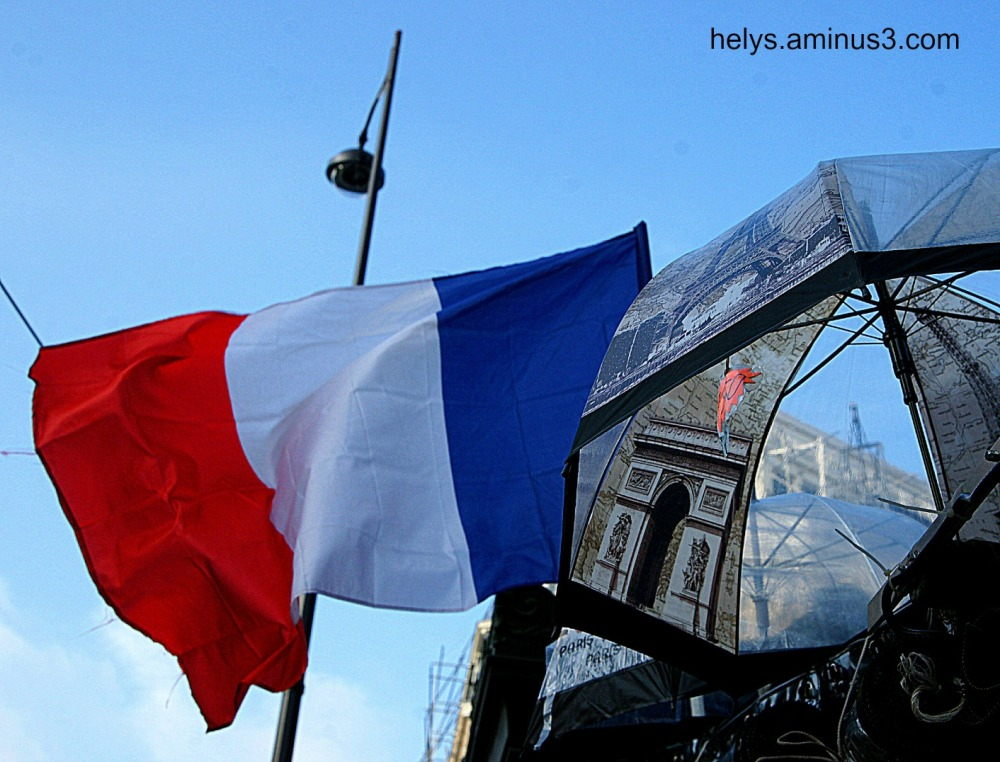 Paris Up: Triumphal arch