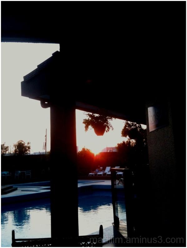 pool setting