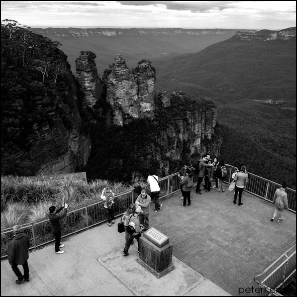 three sisters, katoomba, blue mountains, australia