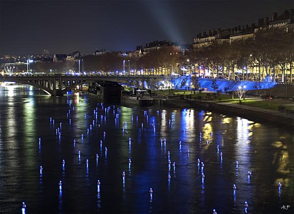 Crazy Lyon