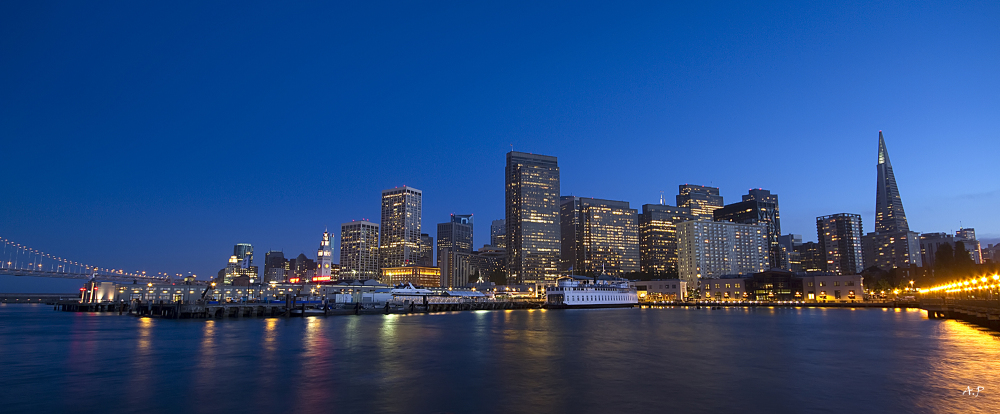 San Francisco 's skyline