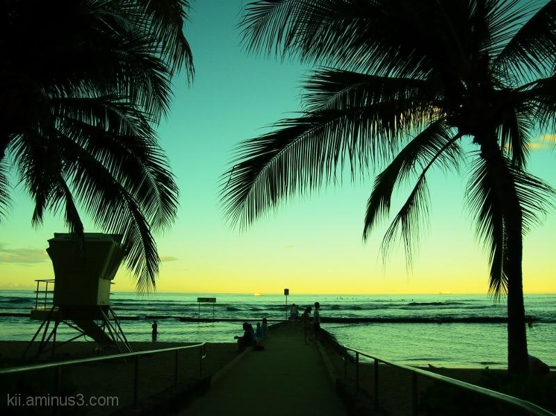 Quiet Waikiki Morning
