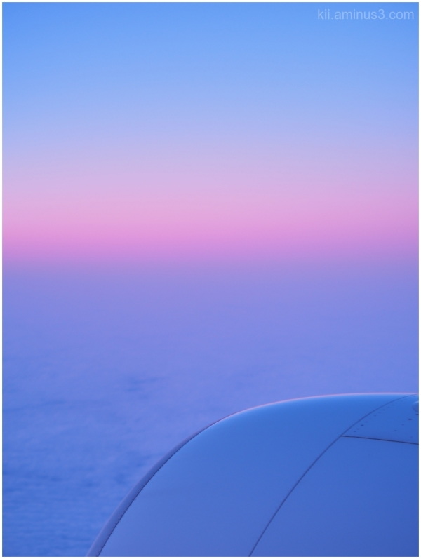 空を超えて Across the Sky