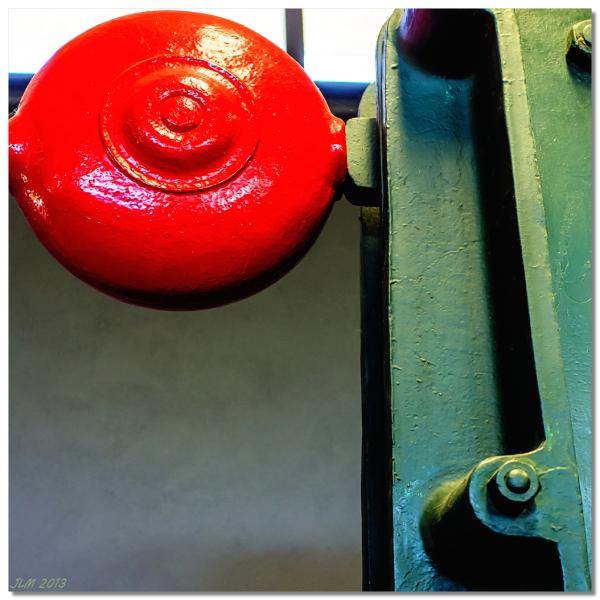 Boule rouge...