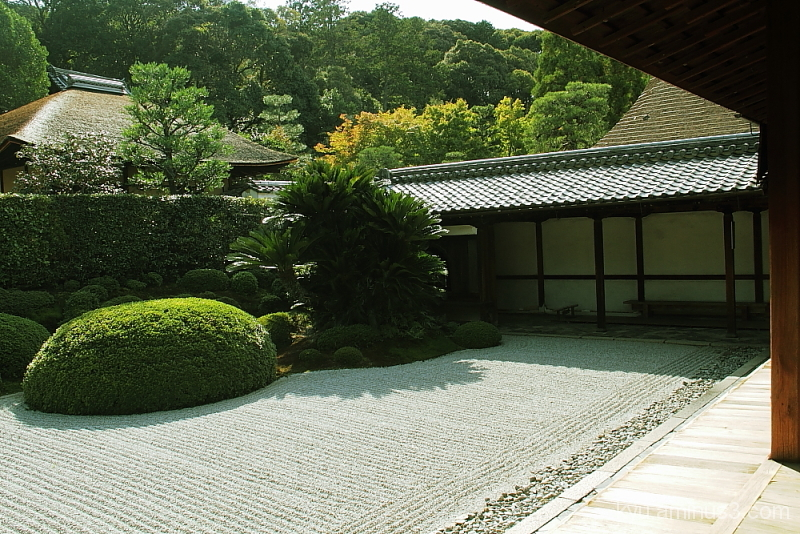 Dry garden in Ikyuji temple