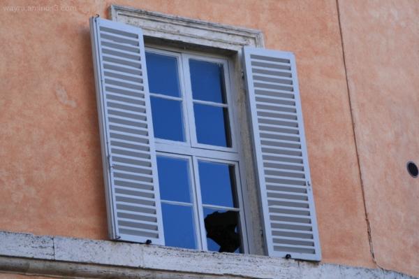 La Legge della finestra rotta