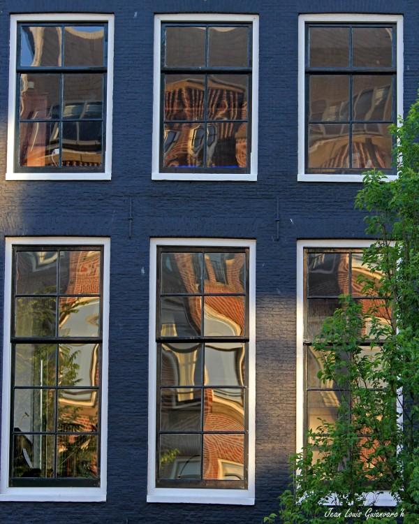 Fenêtres d'Amsterdam (1) / Windows of Amsterdam