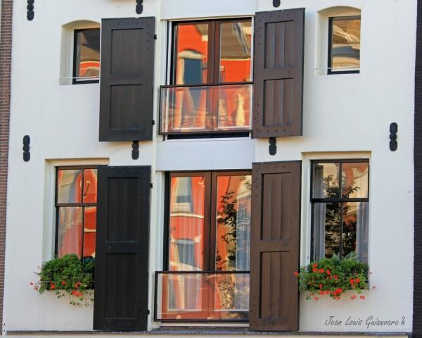 Fenêtres d'Amsterdam (3) / Windows of Amsterdam