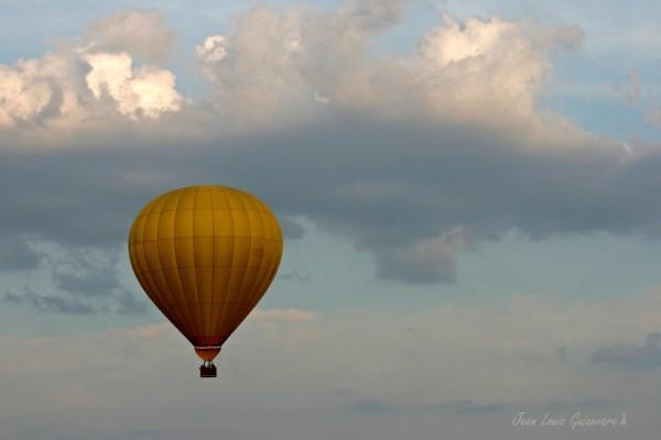 Montgolfière nuages balloon clouds