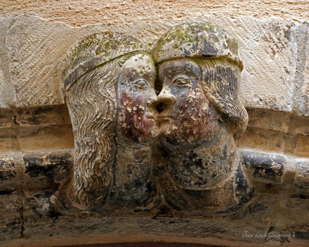 Le baiser. / The kiss.