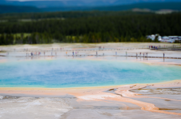 Yellowstone grand prismatic spring lensbaby