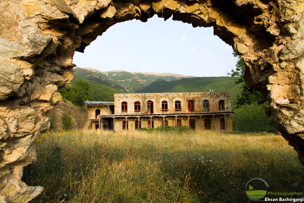 قلعه های فخر تاریخ