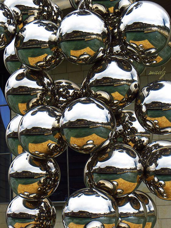 Ornaments reflexats
