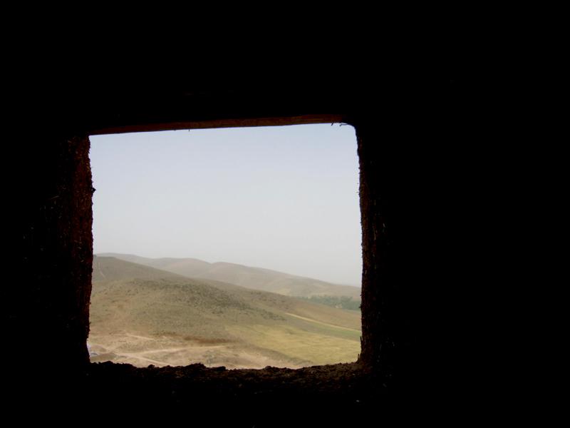 پنجره ای رو به خیال