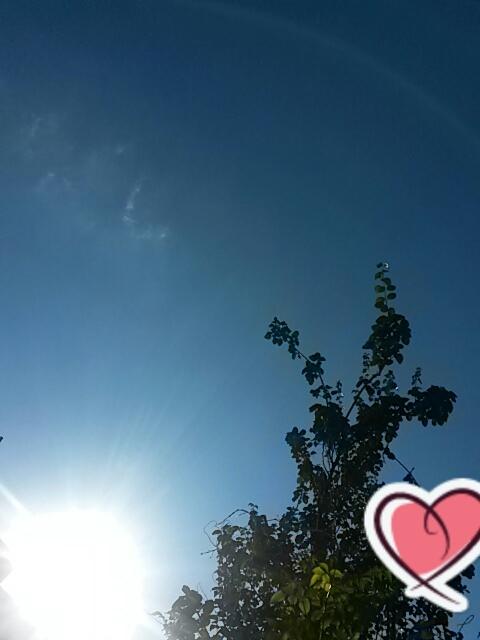 آسمان آبی و  خورشید خانم