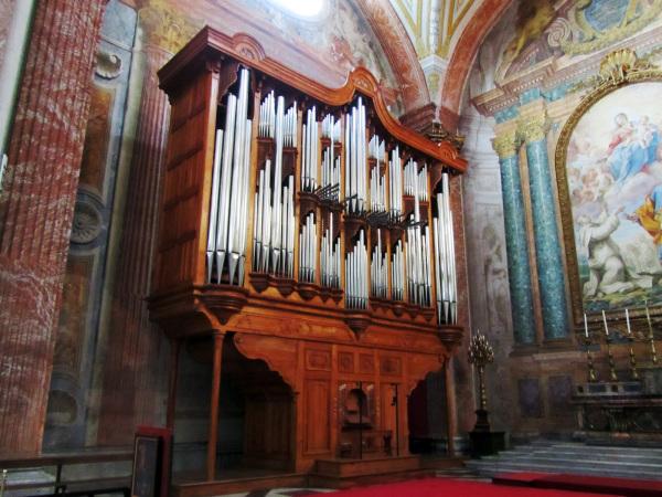 Organo de la iglesia