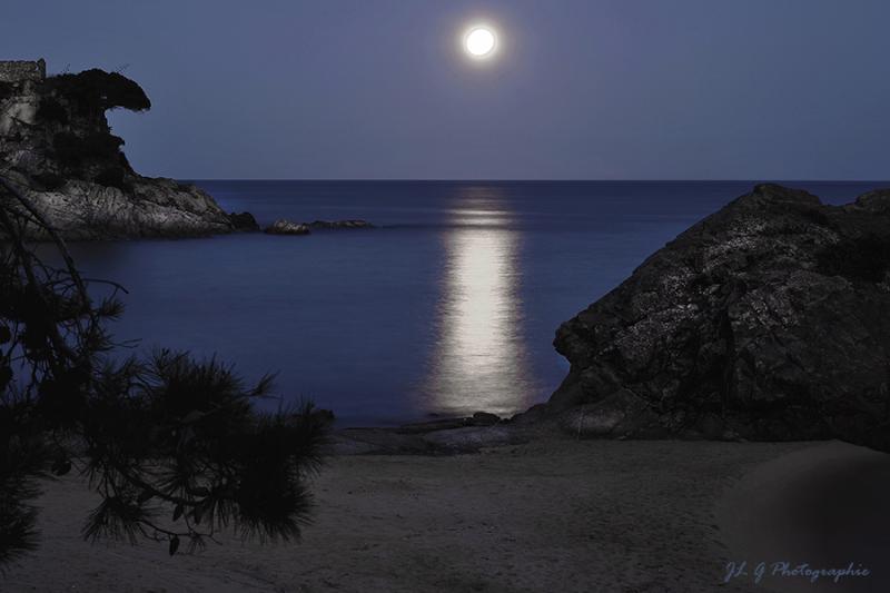 Au clair de Lune ...