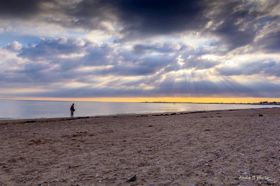 Le monde semble plus grand quand on est seule.....