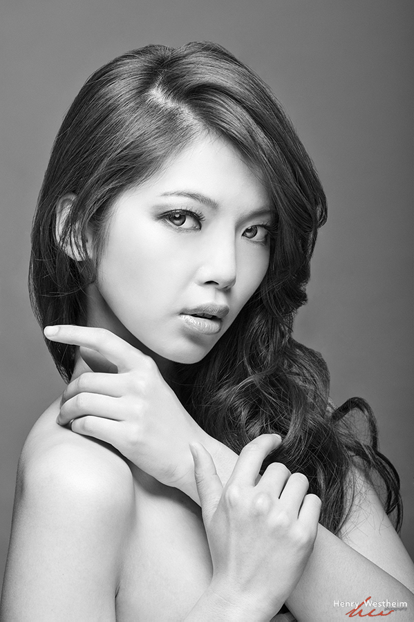 Portrait of a beautiful Asian young lady