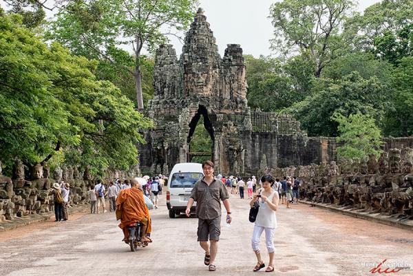 Cambodia, Angkor Thom, South Gate, Siem Reap