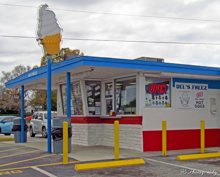 Del's Freez in Melbourne, Florida