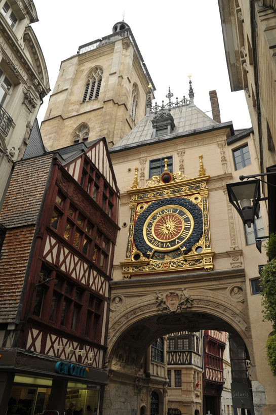 le Gros-Horloge viewed from the street