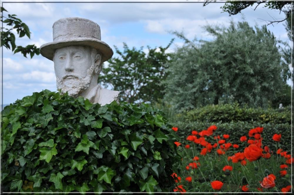 vip garden at Honfleur
