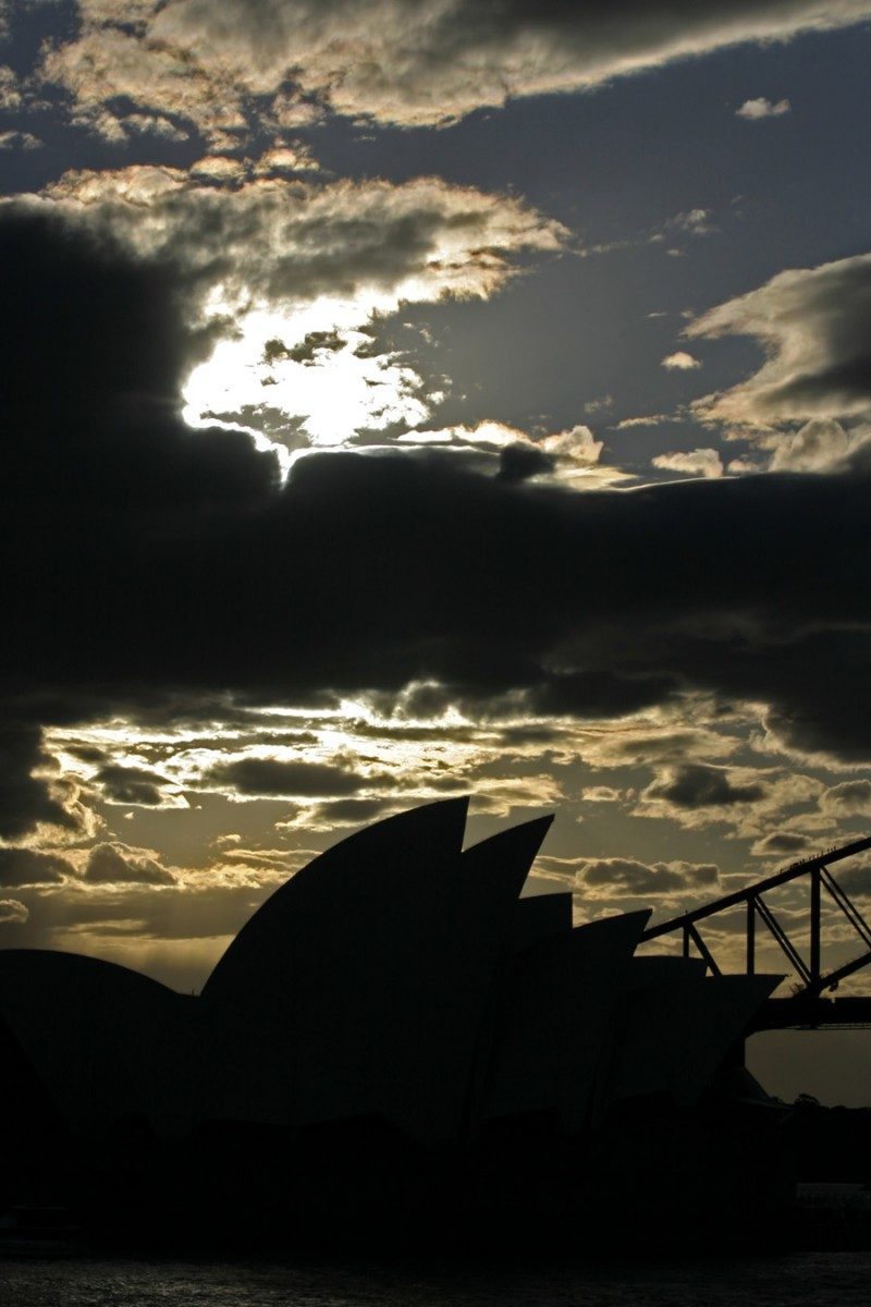 Setting sun over the Opera House