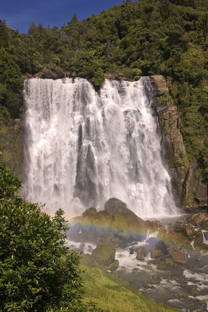 Marokopa Falls near Waitomo Caves