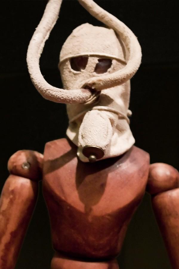 Da Vinci gas mask