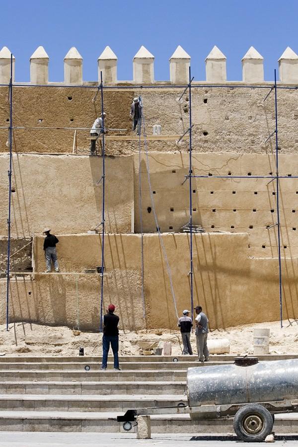 Constructing the medina wall