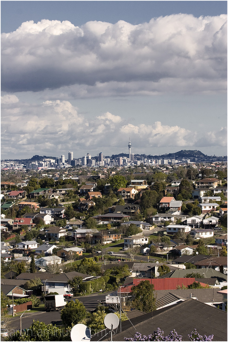 View of Auckland from North Glenfield