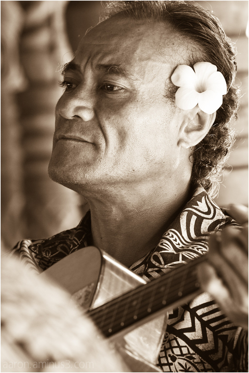 Samoan guitar player