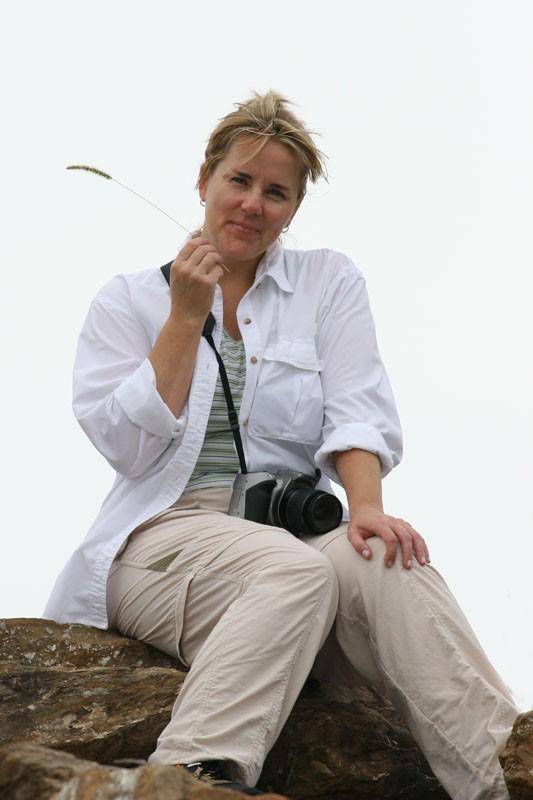 Leslie on the Rocks