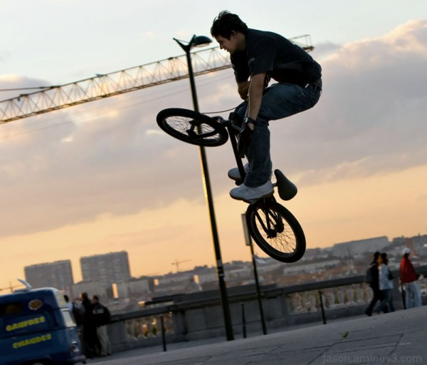 bike tricks brussels kids