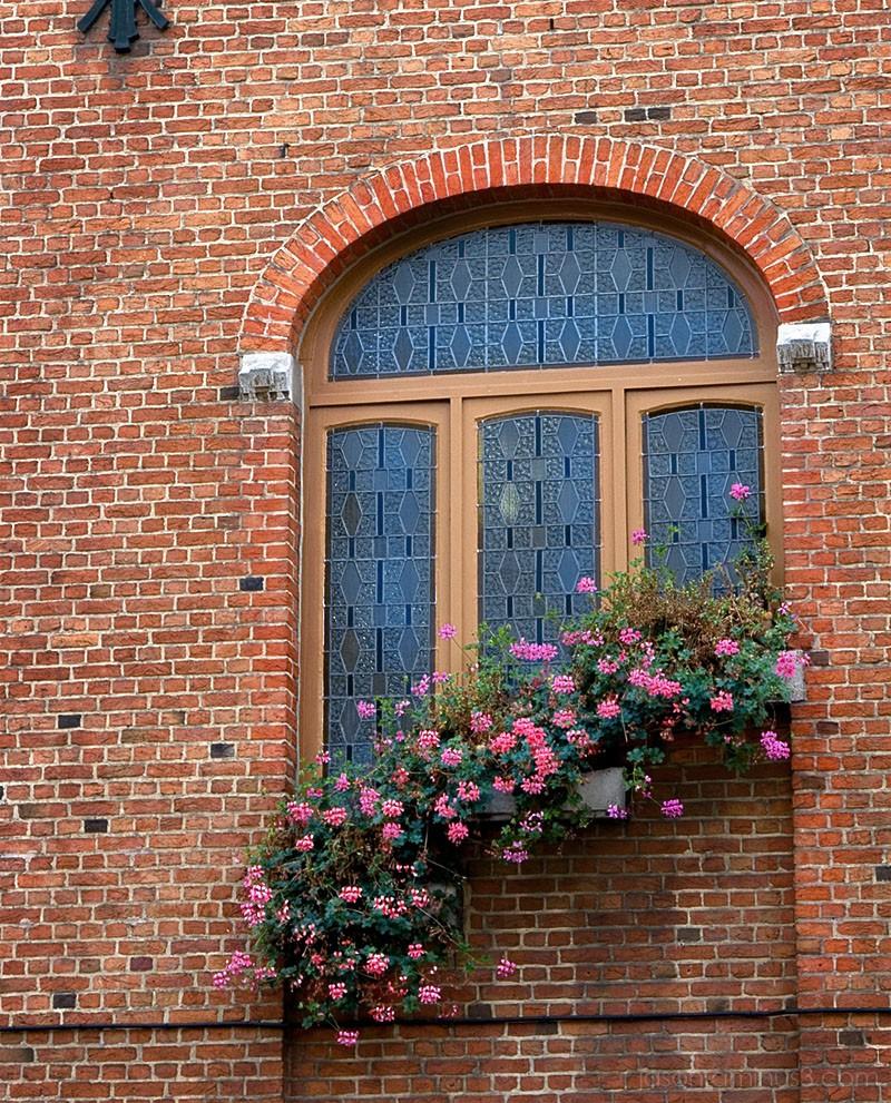 urban flowerbox art nouveau