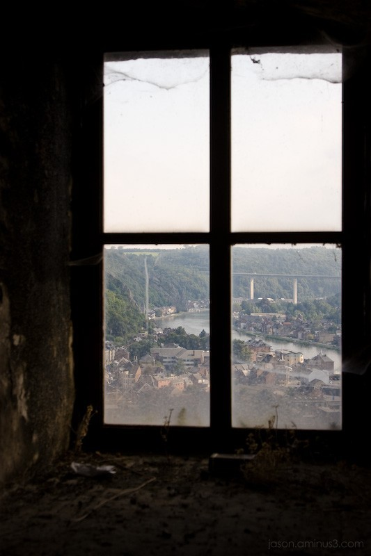 dusty dinant view