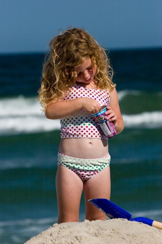 beach girl ice cream