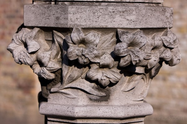 stone flower column