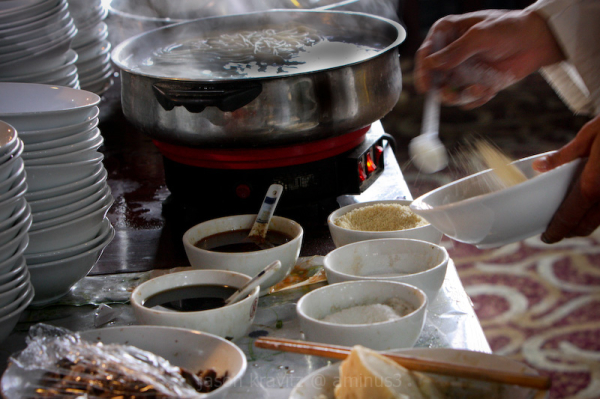 prepare chinese noodle spices