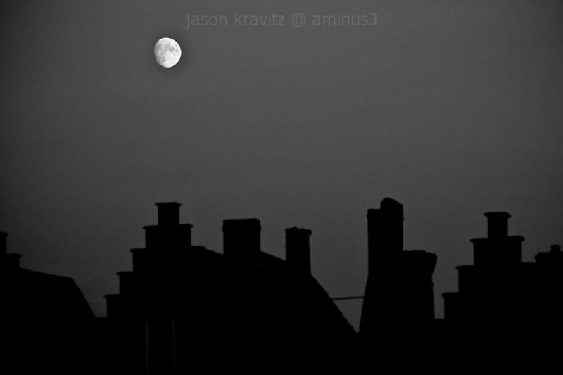 Moon meets Rooftops