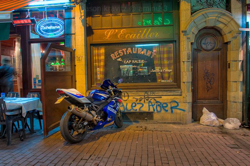 cobblestone moto