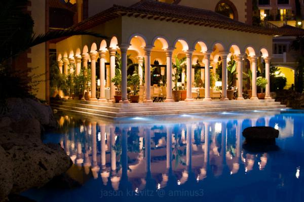 pool reflection columns