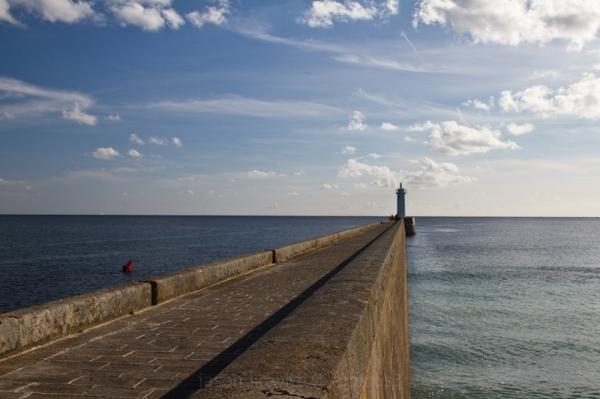 audierne lighthouse