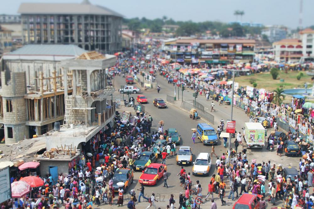 kumasi market traffic