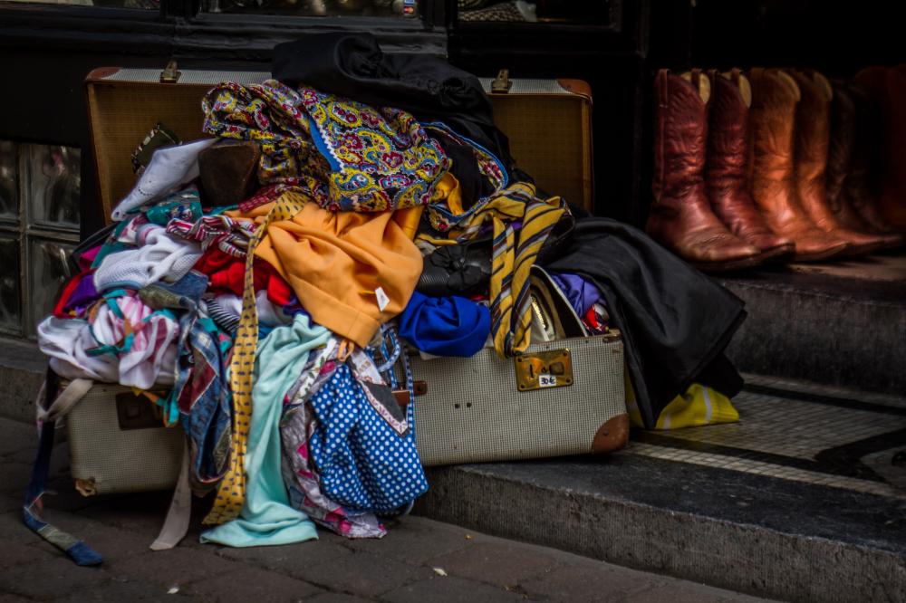 suitcase store brussels belgium