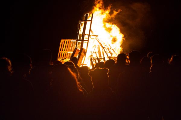 new year bonfire