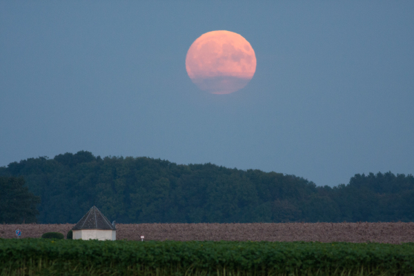 October 15 supermoon over Belgium