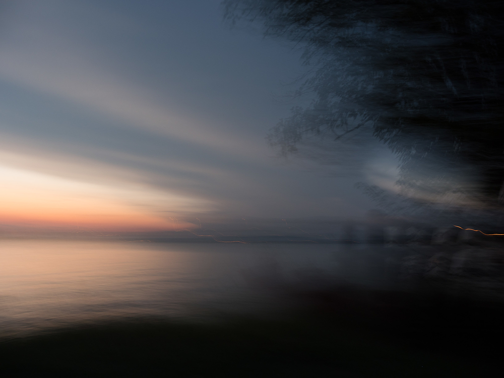blur lake